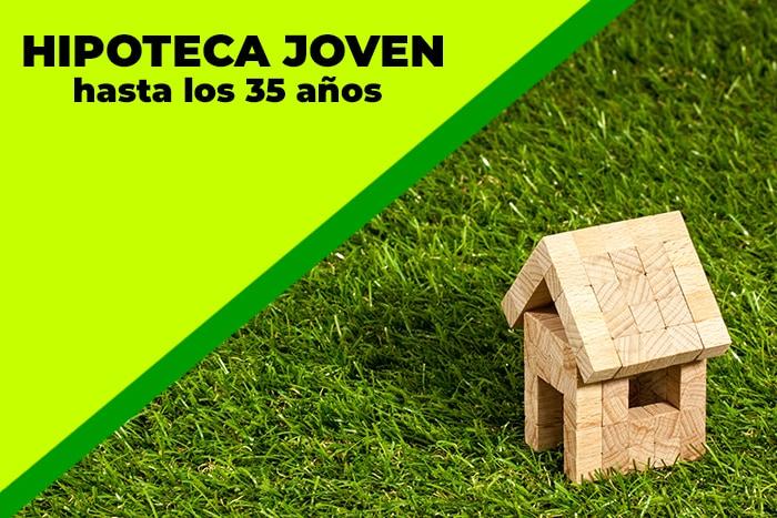 imagen de una casa de madera sobre el céspec